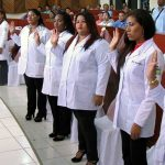Taking the Hippocratic Oath - Class of 2016